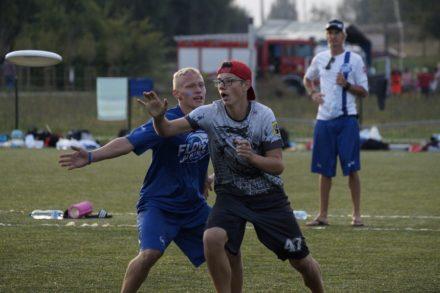 Dlaczego młodzież powinna grać/trenować ultimate frisbee.